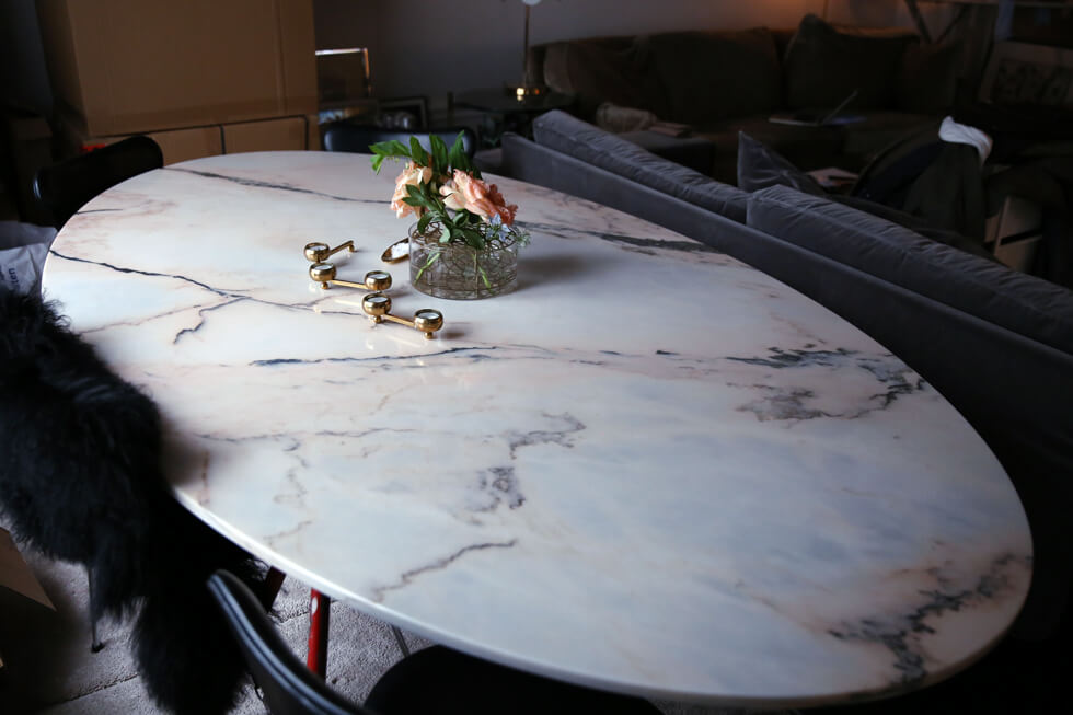 Matbord-marmor