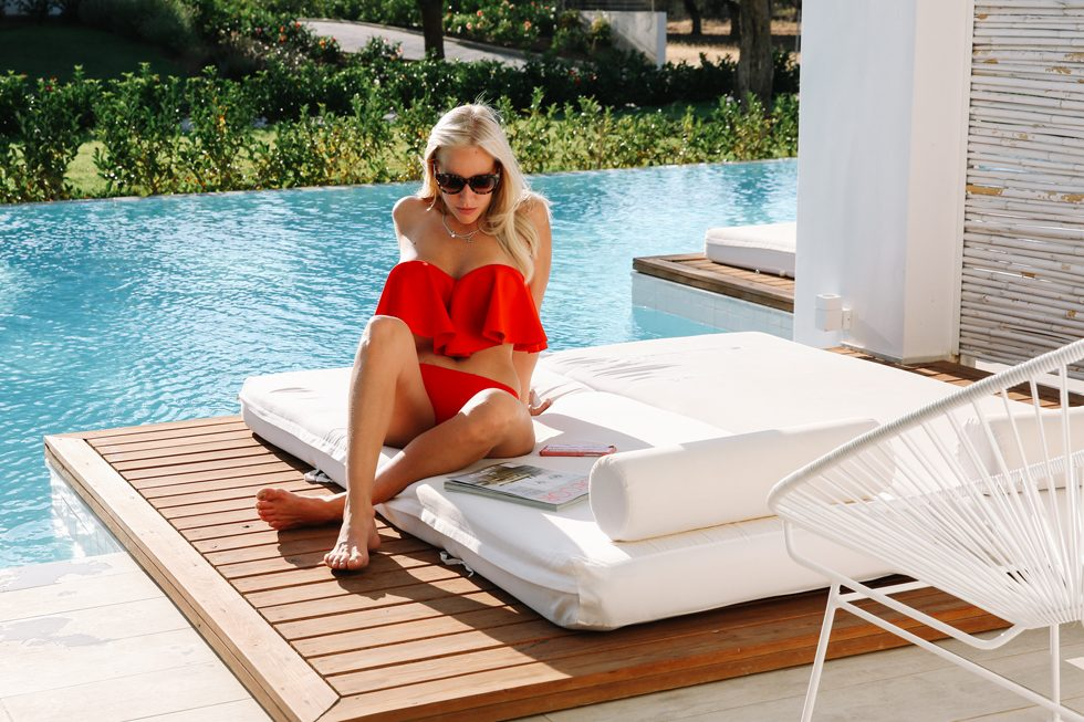 Röd-bikini