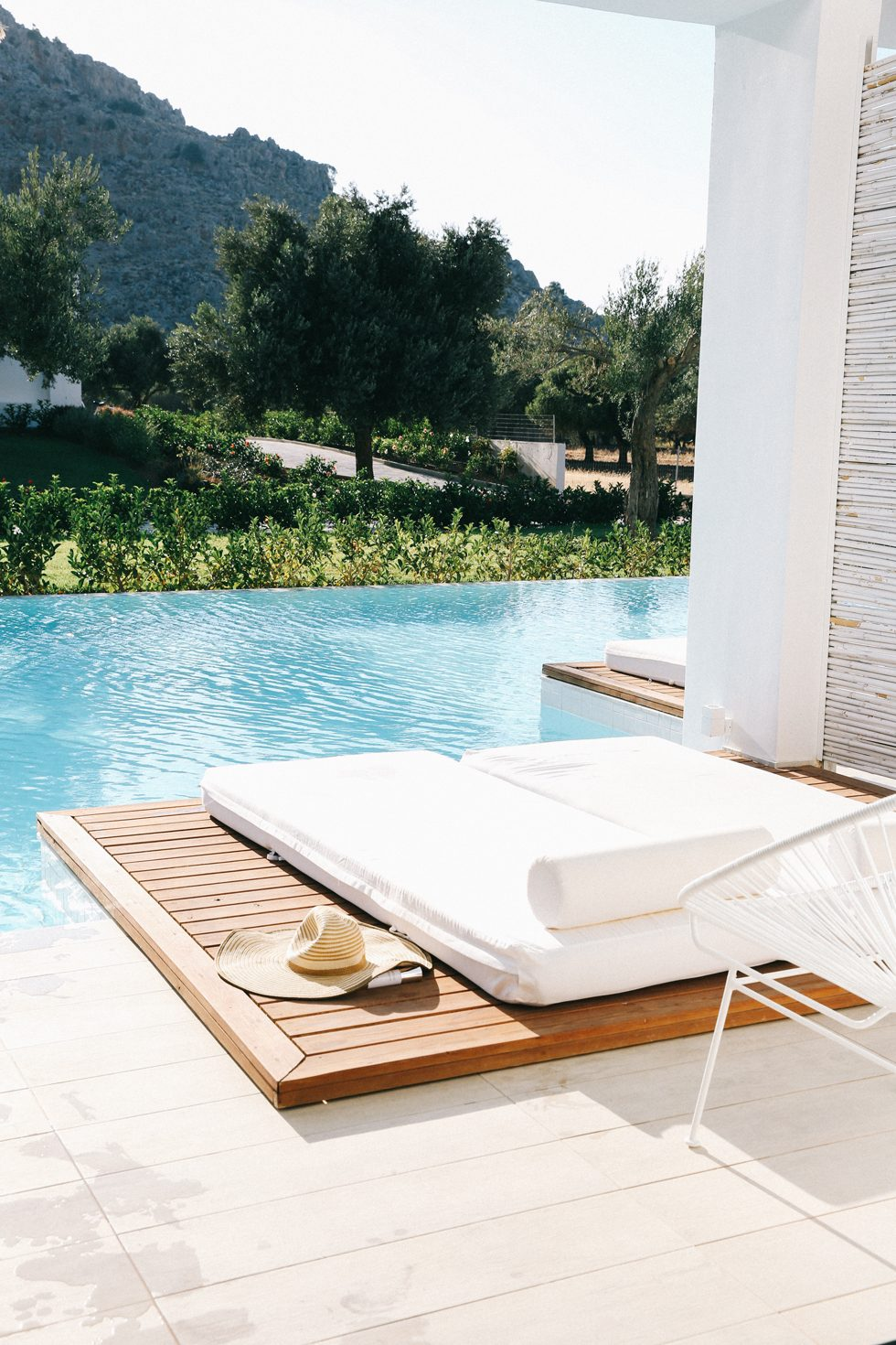 Sunbeds-in-the-pool
