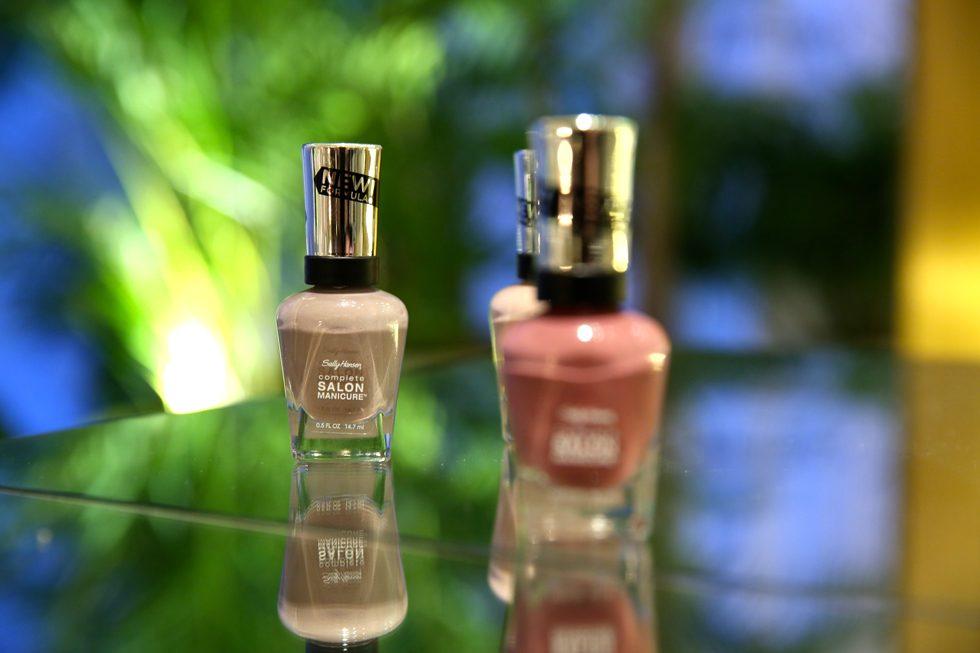 Salon-Manicure-Sally-hansen