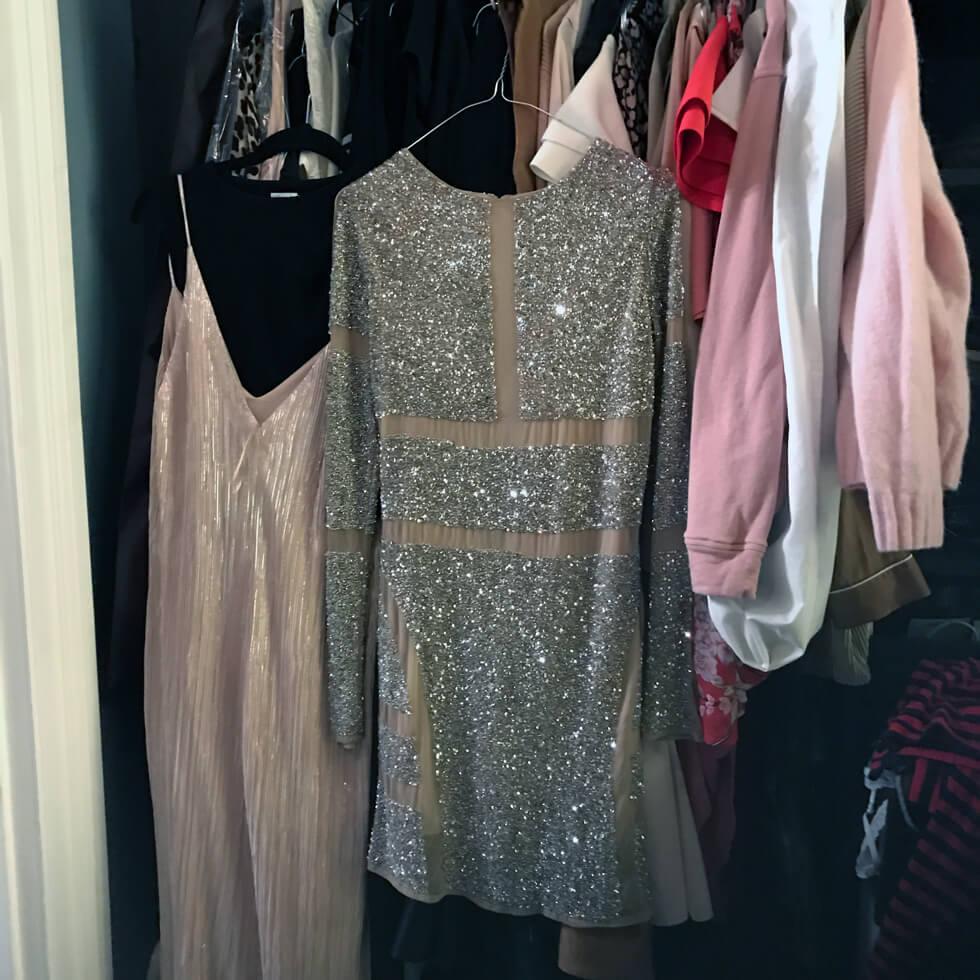 a98b78458a10 Jag hade egentligen beställt hem en klänning online till nyår. Men  dessvärre så passade inte den, så fick bli en existerande från garderoben.