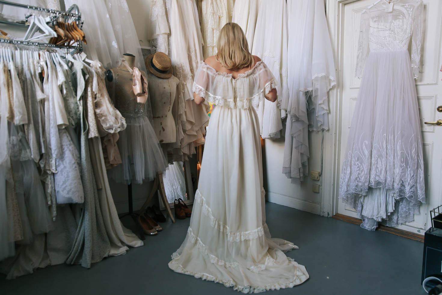 Elsa-Billgren-Bröllopsklänningar-möhippa-NY.--