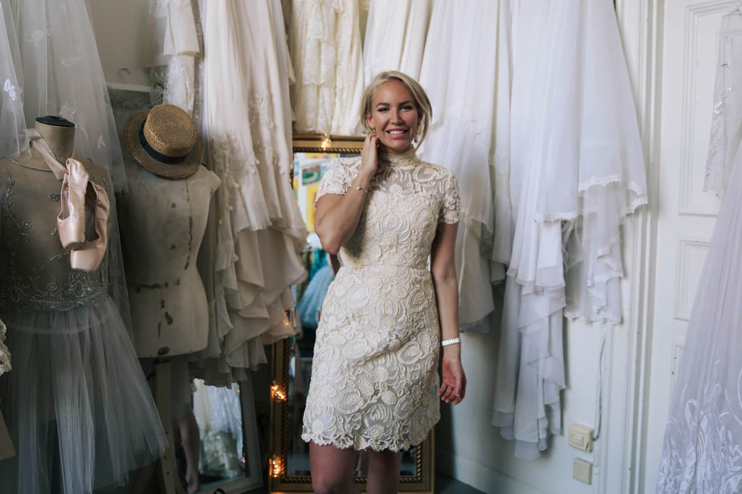 Elsa-Billgren-Bröllopsklänningar-möhippa-NYe