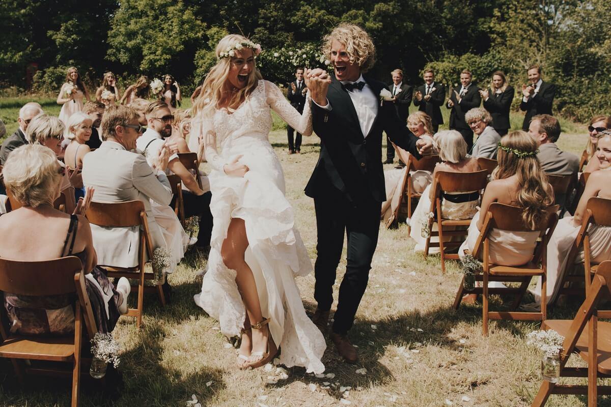 Logan-Cole-Photography-Samuel-Hildegunn-Taipale-wedding-france-00141-2