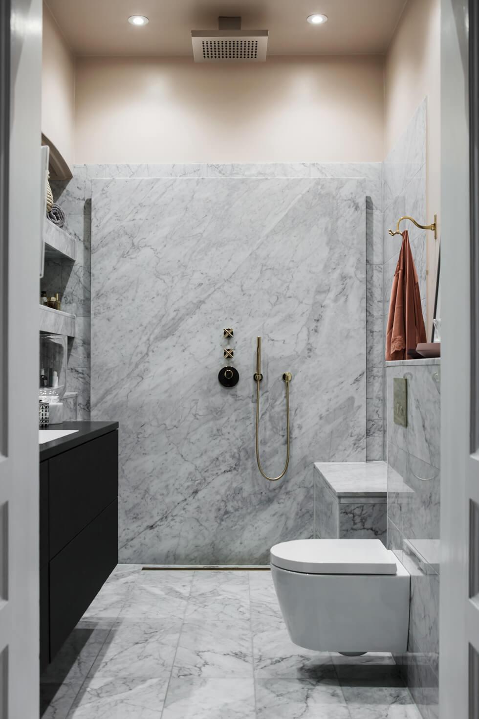 Renovering badrum marmor